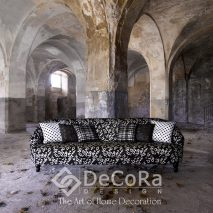 1.PAAT072-tapiserie-alb-negru-model-floral-perne-decorative-buline