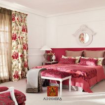 LAAT001-perdele-model-floral-rosu-alb-roz-verde-clasic-elegant