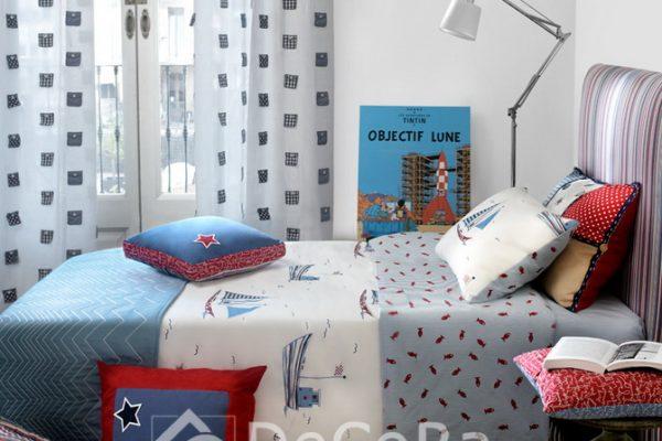 PAAT014-perdele-copii-geometric-negru-alb-lenjerie-pat-pesti-vapor-albastru-rosu