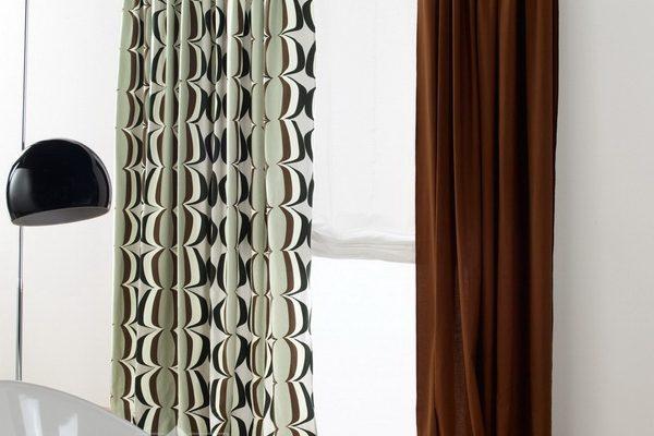 PXXT109-draperie-alb-negru-cercuri-geometric-maro