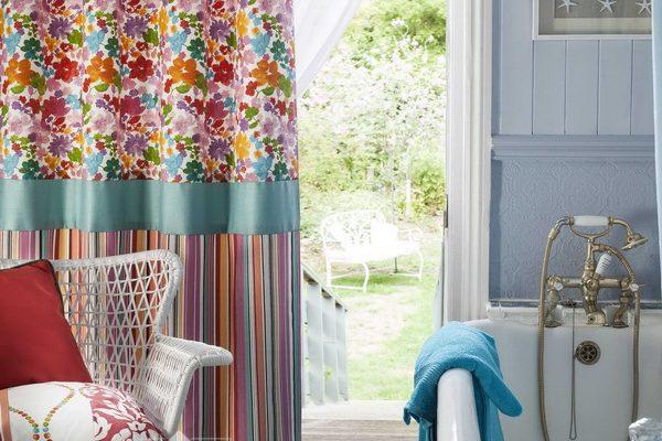 PXXT151-draperie-floral-geometric-roz-rosu-mov-albastru-auriu-dungi-perdea-alb