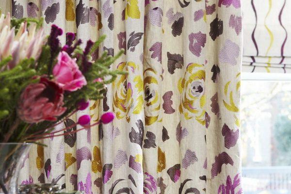 PXXT205-draperie-floral-bumbac-mov-galben