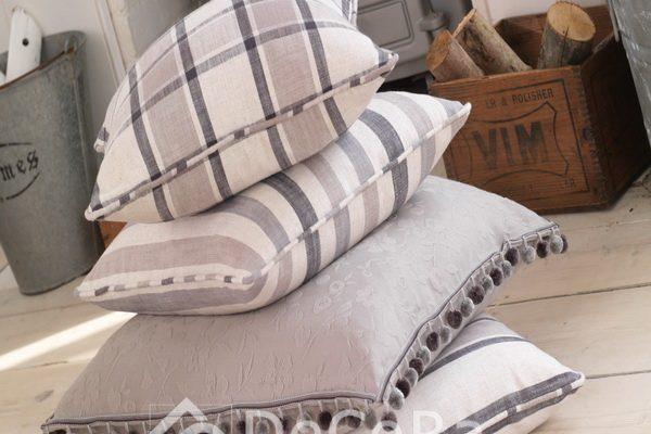 PxxA019-perne-decorative-model-geometric-carouri-alb-gri