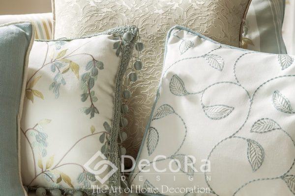 SxxA035-perne-decorative-alb-model-floral